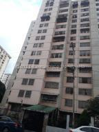 Apartamento En Ventaen Caracas, El Valle, Venezuela, VE RAH: 21-17827