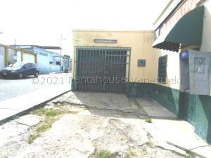 Local Comercial En Alquileren Barquisimeto, Parroquia Union, Venezuela, VE RAH: 21-17875