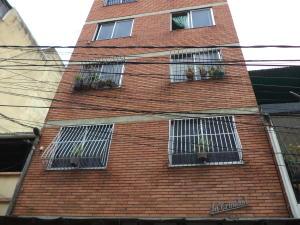 Local Comercial En Ventaen Caracas, Alta Vista, Venezuela, VE RAH: 21-17876