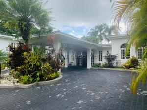 Casa En Ventaen Caracas, La Lagunita Country Club, Venezuela, VE RAH: 21-17896