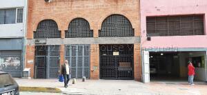 Local Comercial En Ventaen Caracas, Parroquia La Candelaria, Venezuela, VE RAH: 21-17946