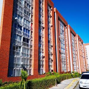 Apartamento En Ventaen Caracas, El Encantado, Venezuela, VE RAH: 21-17933
