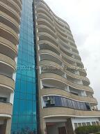 Apartamento En Ventaen Parroquia Caraballeda, Camuri Chico, Venezuela, VE RAH: 21-17936