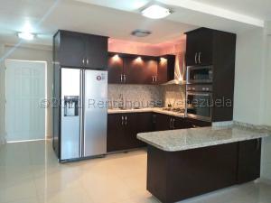 Apartamento En Ventaen Coro, Sector La Floresta, Venezuela, VE RAH: 21-17965
