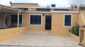 Casa En Ventaen Cabudare, El Amanecer, Venezuela, VE RAH: 21-17966