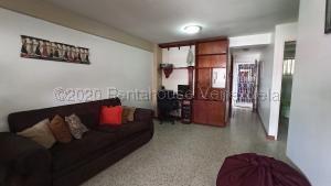 Apartamento En Ventaen Caracas, Parroquia Santa Rosalia, Venezuela, VE RAH: 21-18196