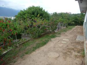 Terreno En Ventaen Caracas, Municipio Baruta, Venezuela, VE RAH: 21-18207
