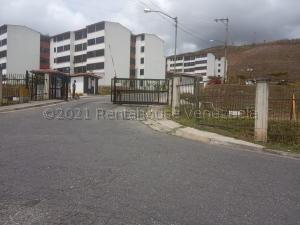Apartamento En Ventaen Los Teques, Solar De La Quinta, Venezuela, VE RAH: 21-18061