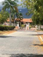 Apartamento En Ventaen Guatire, Alto Grande, Venezuela, VE RAH: 21-18062