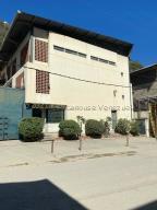Galpon - Deposito En Alquileren Caracas, Turumo, Venezuela, VE RAH: 21-18132