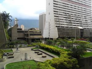 Apartamento En Ventaen Caracas, Parque Central, Venezuela, VE RAH: 21-18070
