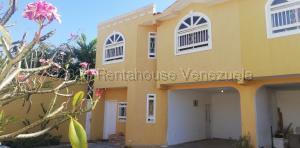Townhouse En Ventaen Cabimas, Buena Vista, Venezuela, VE RAH: 21-18073
