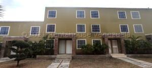 Casa En Ventaen Cabudare, Caminos De Tarabana, Venezuela, VE RAH: 21-18088