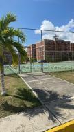 Apartamento En Ventaen Guatire, El Encantado, Venezuela, VE RAH: 21-18097