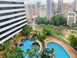 Apartamento En Alquileren Caracas, Altamira, Venezuela, VE RAH: 21-18892