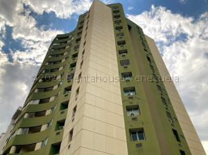 Apartamento En Alquileren Valencia, Los Mangos, Venezuela, VE RAH: 21-18122