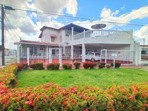 Casa En Ventaen Turmero, La Mantuana, Venezuela, VE RAH: 21-18124