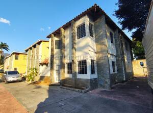 Casa En Ventaen Maracay, El Limon, Venezuela, VE RAH: 21-18125