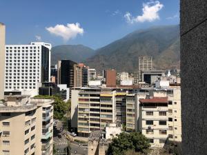 Oficina En Ventaen Caracas, Altamira, Venezuela, VE RAH: 21-20328