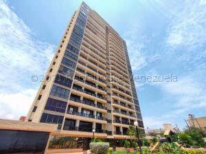 Apartamento En Ventaen Maracaibo, Banco Mara, Venezuela, VE RAH: 21-18147