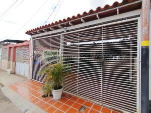 Casa En Ventaen Cabudare, La Puerta, Venezuela, VE RAH: 21-18193