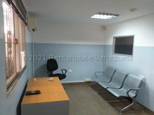 Oficina En Alquileren Catia La Mar, La Atlantida, Venezuela, VE RAH: 21-18206