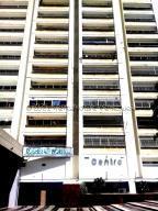Oficina En Alquileren Caracas, Los Dos Caminos, Venezuela, VE RAH: 21-18197
