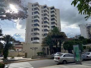 Apartamento En Ventaen Caracas, Los Palos Grandes, Venezuela, VE RAH: 21-18209
