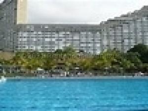 Apartamento En Ventaen Parroquia Caraballeda, Los Corales, Venezuela, VE RAH: 21-17118