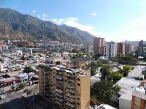 Apartamento En Alquileren Caracas, Los Dos Caminos, Venezuela, VE RAH: 21-18217