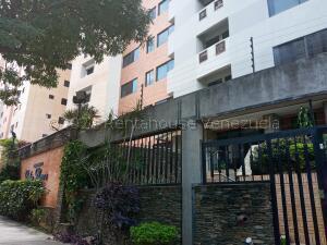 Apartamento En Ventaen Valencia, La Trigaleña, Venezuela, VE RAH: 21-18348