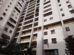 Apartamento En Ventaen Caracas, El Valle, Venezuela, VE RAH: 21-18256