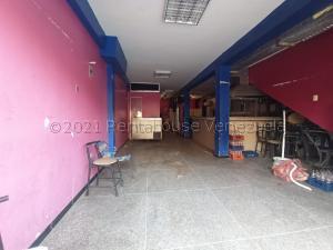 Local Comercial En Ventaen Barquisimeto, Centro, Venezuela, VE RAH: 21-18332