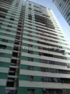 Apartamento En Ventaen Caracas, San Martin, Venezuela, VE RAH: 21-18313
