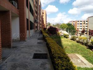 Apartamento En Ventaen Caracas, Los Naranjos Humboldt, Venezuela, VE RAH: 21-18370