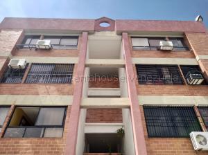 Apartamento En Alquileren Municipio Naguanagua, Tazajal, Venezuela, VE RAH: 21-18371