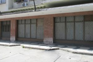 Local Comercial En Ventaen Caracas, Los Chaguaramos, Venezuela, VE RAH: 21-18422