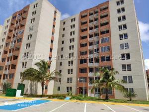 Apartamento En Ventaen Margarita, Costa Azul, Venezuela, VE RAH: 21-18596