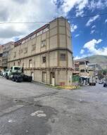 Edificio En Ventaen Caracas, Catia, Venezuela, VE RAH: 21-18438