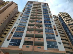 Apartamento En Ventaen Valencia, La Trigaleña, Venezuela, VE RAH: 21-18468