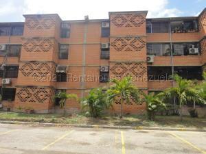 Apartamento En Ventaen Guarenas, Nueva Casarapa, Venezuela, VE RAH: 21-20227