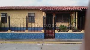 Casa En Ventaen Margarita, Avenida Juan Bautista Arismendi, Venezuela, VE RAH: 21-18509