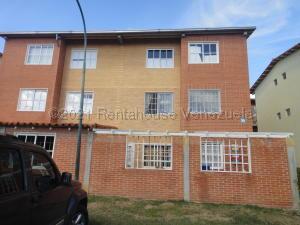 Apartamento En Ventaen Guatire, Alto Grande, Venezuela, VE RAH: 21-20270