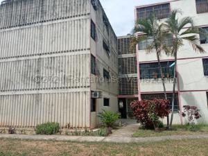 Apartamento En Ventaen Municipio San Diego, Monteserino, Venezuela, VE RAH: 21-18497