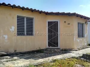 Casa En Ventaen Barquisimeto, Parroquia El Cuji, Venezuela, VE RAH: 21-18507