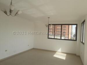 Apartamento En Alquileren Maracaibo, Valle Frio, Venezuela, VE RAH: 21-18527