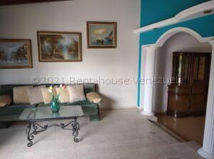 Townhouse En Alquileren Maracaibo, Santa Fe, Venezuela, VE RAH: 21-18539