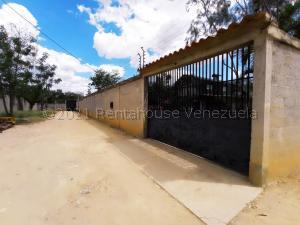 Casa En Alquileren Barquisimeto, Parroquia El Cuji, Venezuela, VE RAH: 21-18568