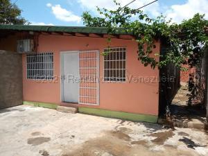 Casa En Ventaen Palo Negro, San Antonio, Venezuela, VE RAH: 21-18618