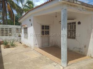 Casa En Ventaen Coro, Sector San Jose, Venezuela, VE RAH: 21-18642